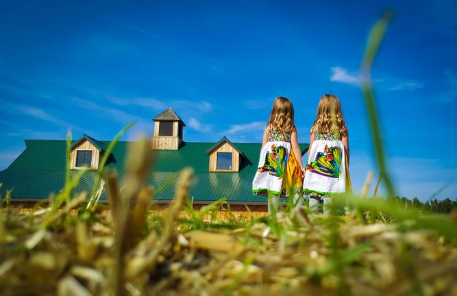 Girls on a farm-Illinois
