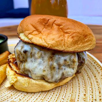 Dining Burger 1.jpg