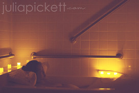 Mom relaxes in a warm bath to ease labor pain
