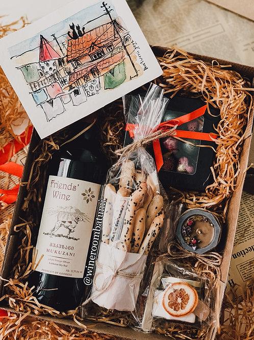 Мукузани Friends'  Wine