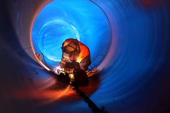 Welding on pipeline.jpg