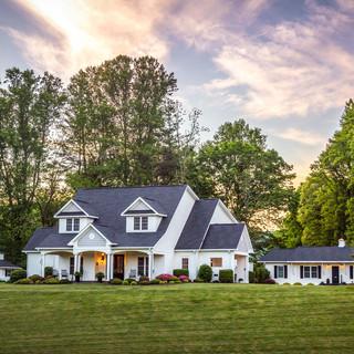 Bed & Breakfast On Tiffany Hill | Mills River, NC