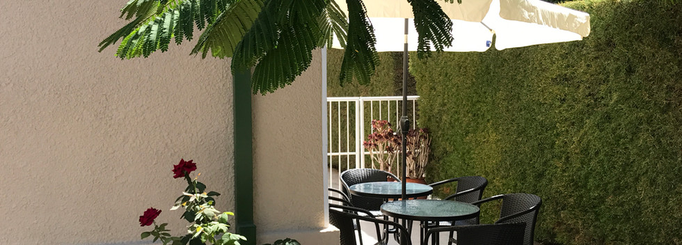 Avgi's Home garden accommodation limasso