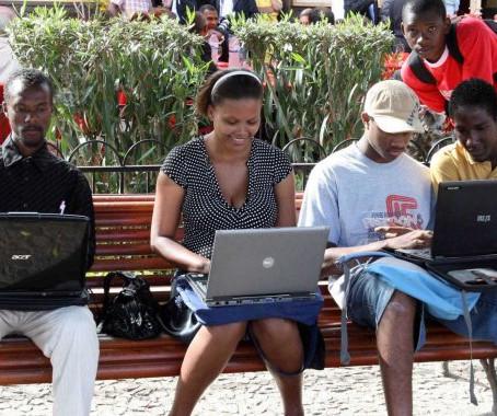 Hábitos e Comportamentos dos Angolanos na Internet em 2017 - Os resultados
