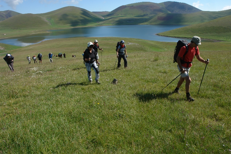 trekking-in-armenia.jpg