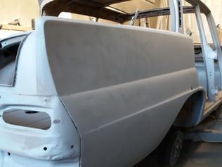 Mercedes W110 - Projekt kleine Flosse