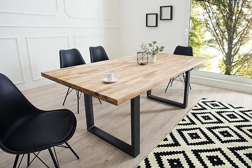 Table à manger design Wotan bois de chêne huilé et métal noir 180 cm