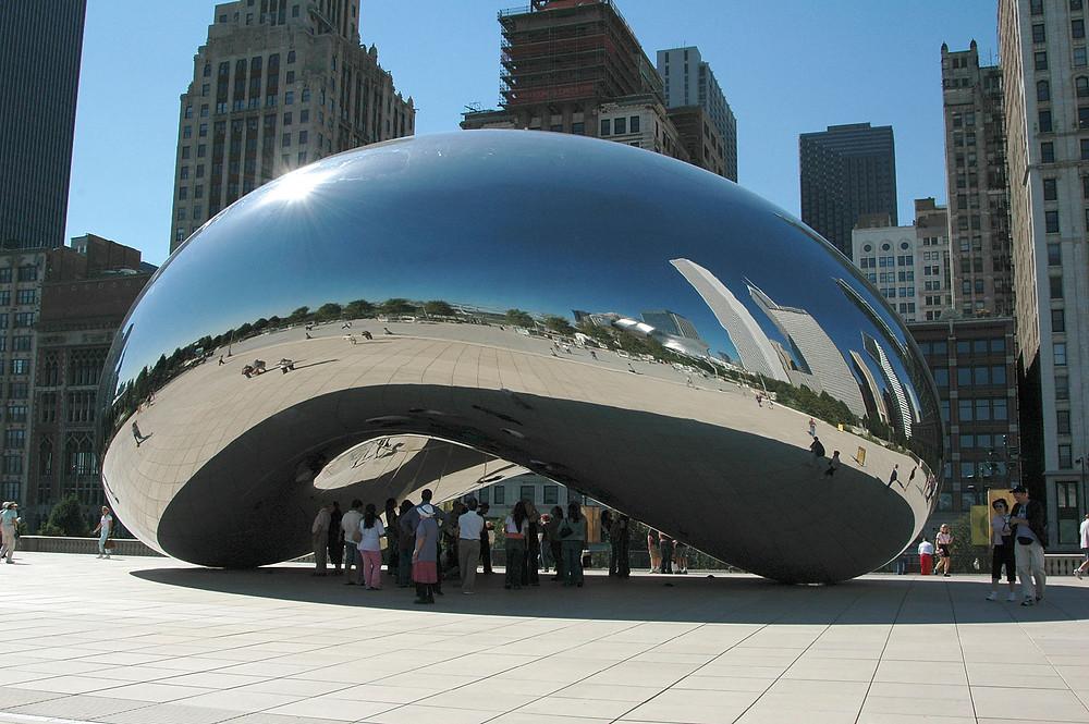 Public Art - Cloud Gate by Anish Kapoor 2004