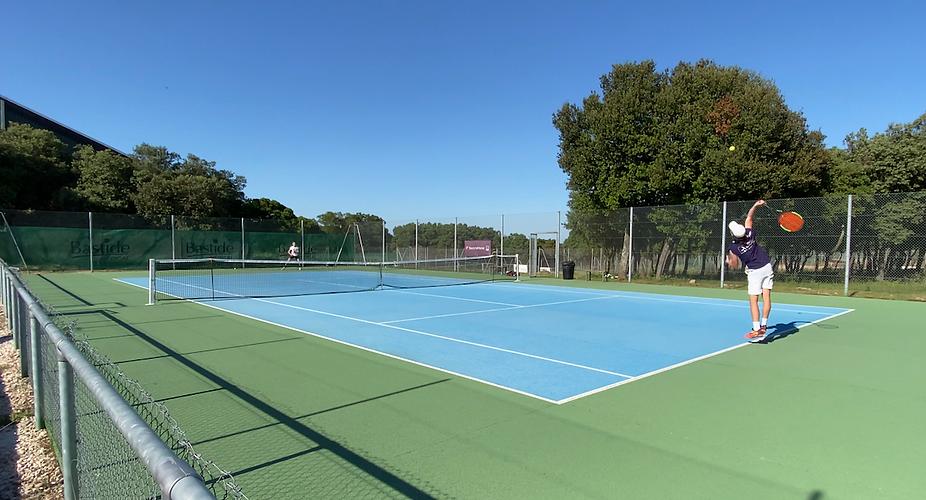 stage de tennis en academie.png