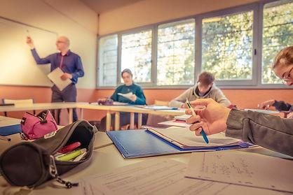 études en classe professeur sport etude