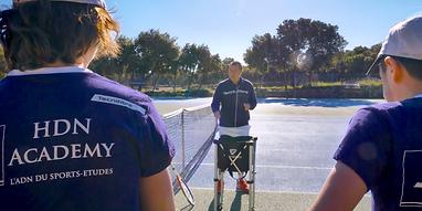 devenir coach tennis tout en enseignant
