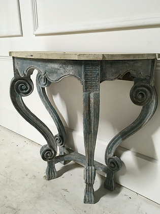 18th CENTURY PAINTED CONSOLE TABLE