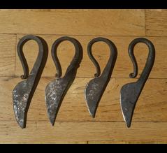 Womens' Knives