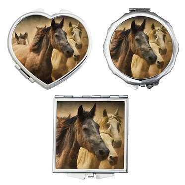 Compact mirrors in 3 shapes heart, round and square wild horses image front view