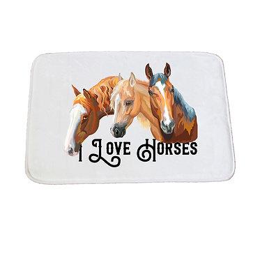Bath mat white I love horses front view