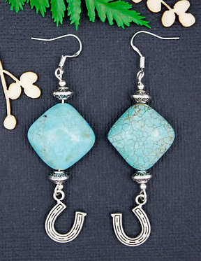 HORSE SHOE EARRINGS WITH MAGNESITE TURQUOISE BEADS IN DIAMOND OR HEART SHAPE