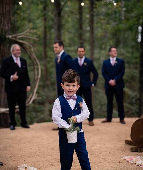 Kids at the Wedding: The Pros and Cons