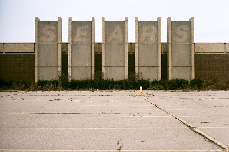 Photo by Travis Estell. Former Salem Mall Sears in Trotwood, OH in 2017.