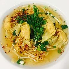 38.Tom Yam Wonton Soup  ต้มยำเกี๊ยว