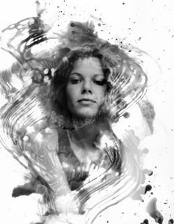 Amy swirls BW