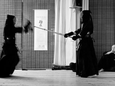 """""""Ichi Gan, Ni Soku, San Tan, Shi Riki"""" nel kendo e nello iaido"""