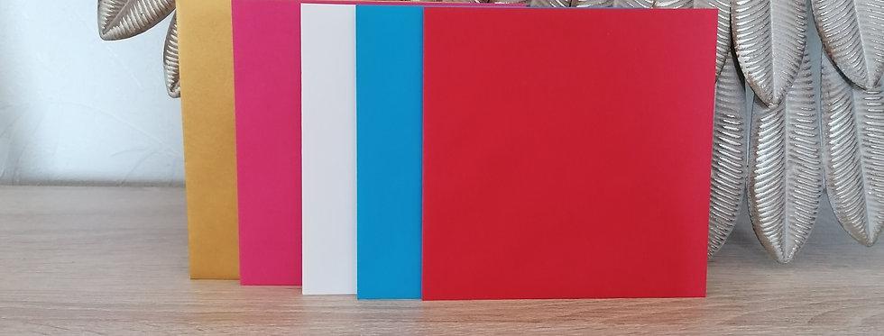 Enveloppe de couleur pour carte