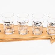 plateau-rack-verre-biere-mousse-cadeau-fete-peres-homme-toutelamaisonenparle.jpg