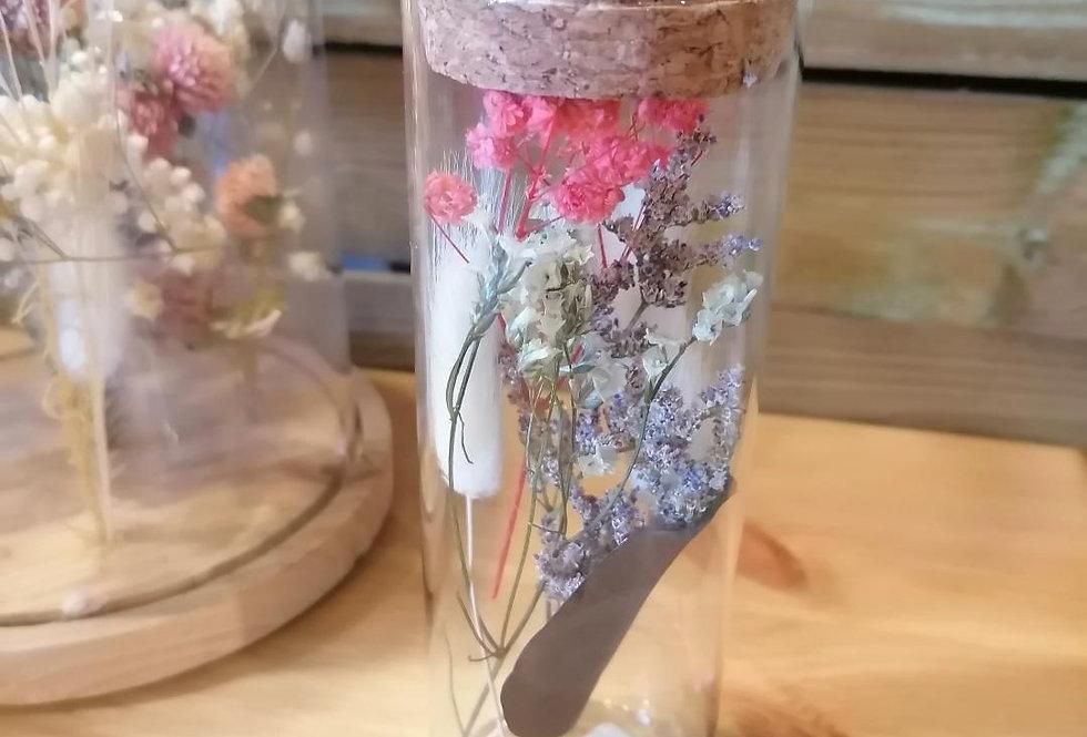 Tube à fleurs séchées