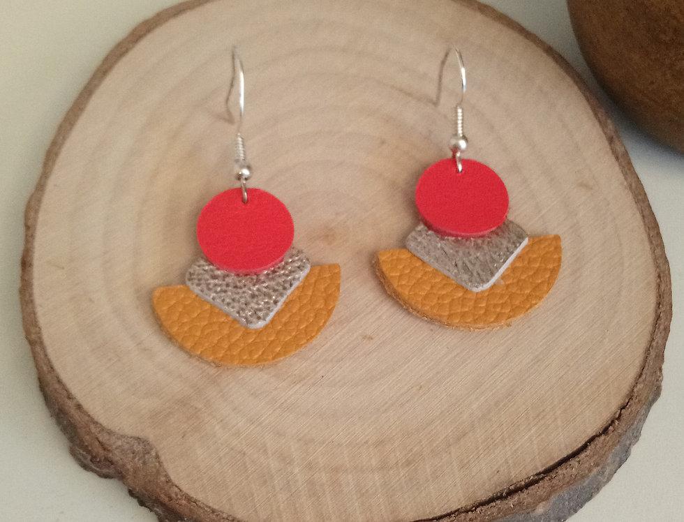 Boucles d'oreilles rouge, jaune et argent en cuir
