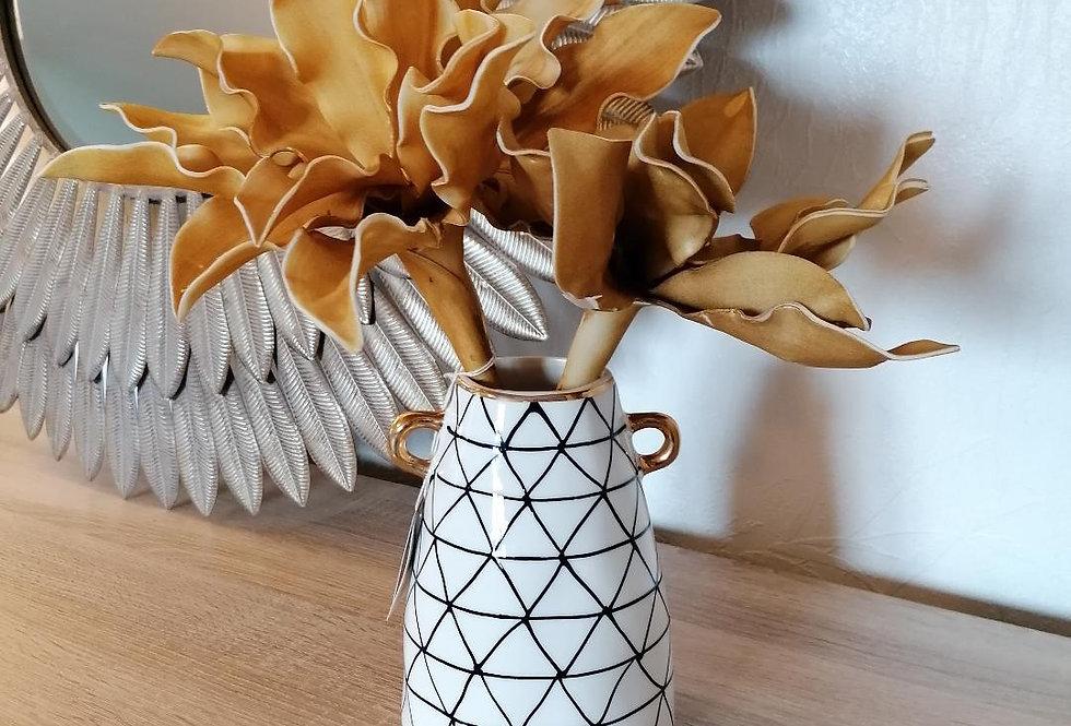 Vase à oreilles dorées