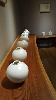 Akiyama Jun,  White porcelain vase
