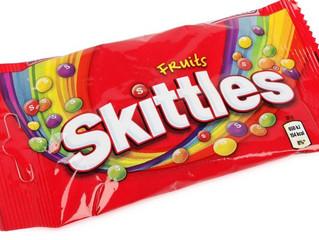 A marca de doces Skittles vai lançar um musical da Broadway.