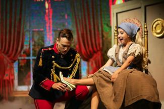 Musical Cinderella, de Billy Bond no Teatro Bradesco