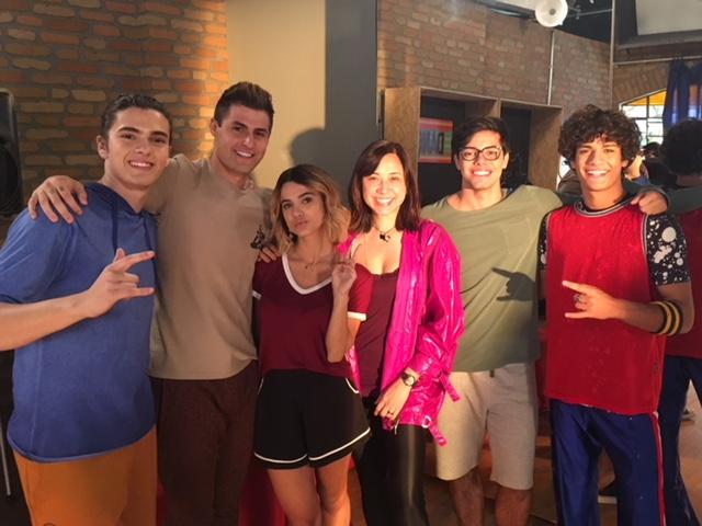 Keila e o elenco da série Z4