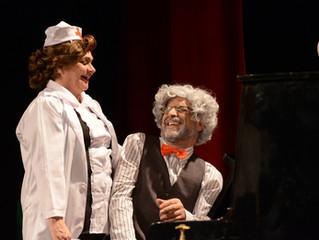 Forever Young faz curta temporada presencial no Teatro Liberdade