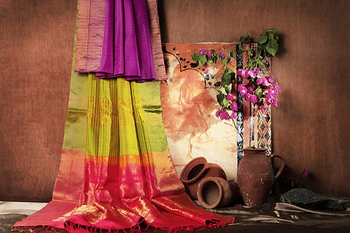 Soft silk saree SS972