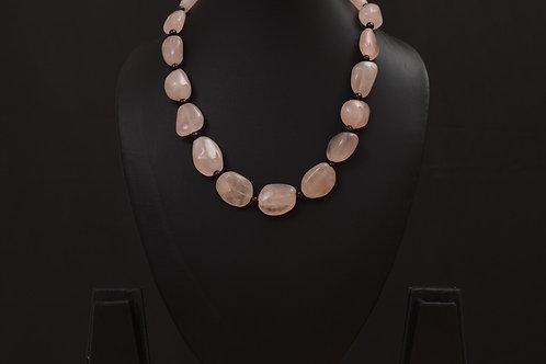 Lasya Necklace with morgonite stones LA0032