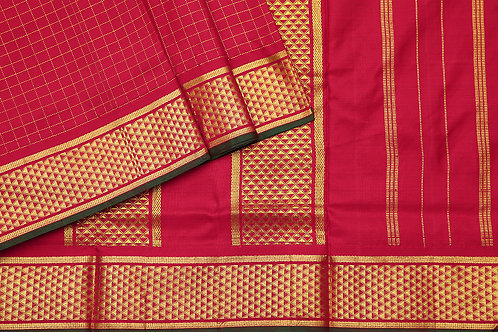 Tharakaram nine and a half yards silk saree PSTK040155