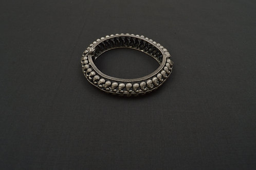 Alankrita Silver Bangle PSAL1016