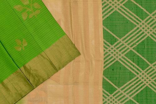 Soft silk saree SS2072
