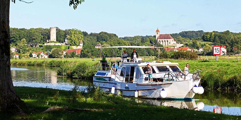 Tourisme-fluvial-Y_5d8e1422ccc943dc02871