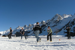 team-building-hiver-neige-olympiades-metabief-haut-doubs-jura-station-franche-comte-malbuisson-grand