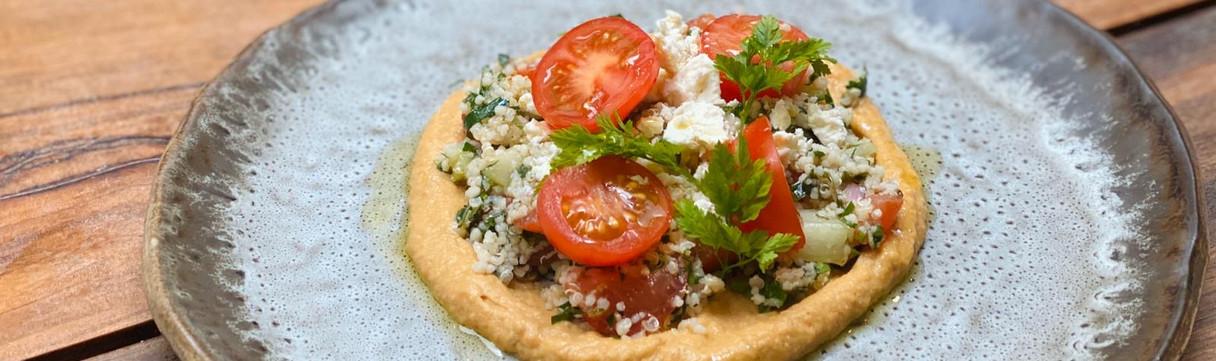 Hummus and Quinoa Salad (Veg)