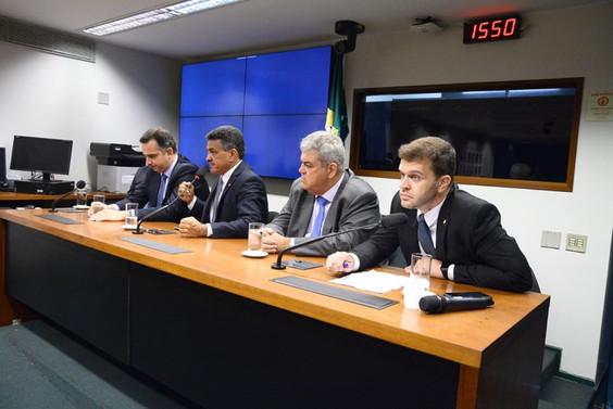 Misael participa de lançamento da Frente Parlamentar das Cirurgias Eletivas