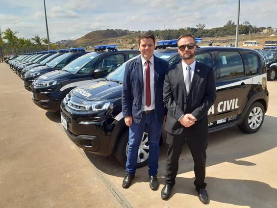 Polícia Civil recebe novas viaturas por indicação de Misael Varella