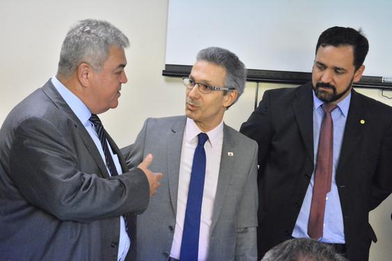Ministro Mandetta e Governador Zema se reúnem com bancada mineira em Brasília