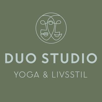 DUO STUDIO YOGA LIVSSTIL SKYLT HS .jpg