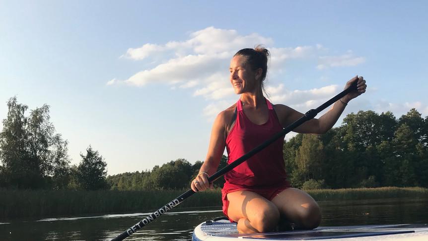 Sittande Sup paddling.jpg