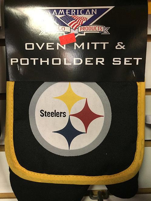 Oven Mitt and Potholder Set