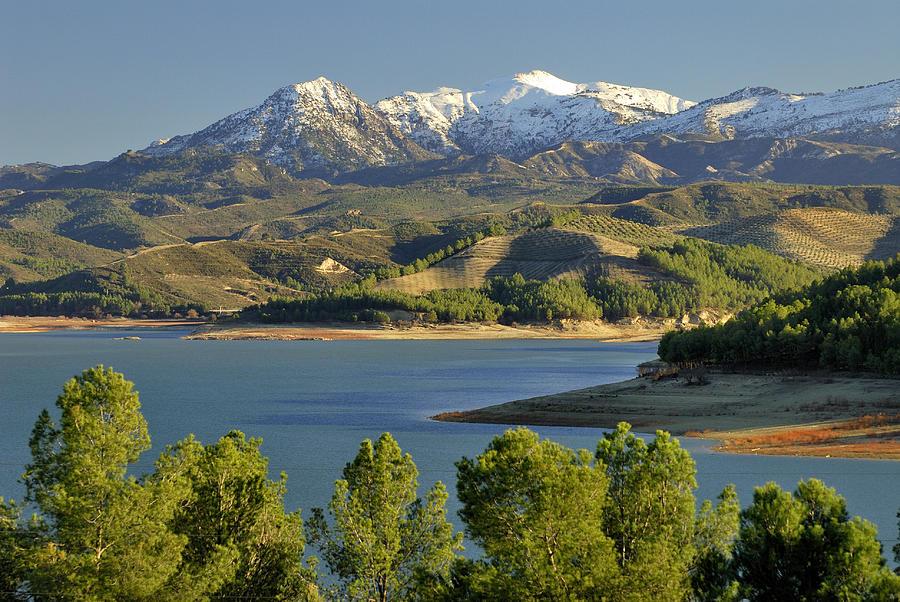 bermejales-lake-guido-montanes-castillo.